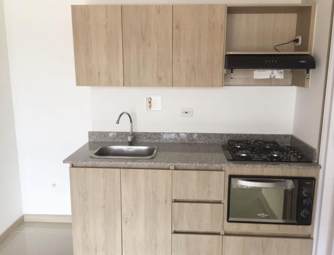 apartamento en arriendo suramerica 585-22075