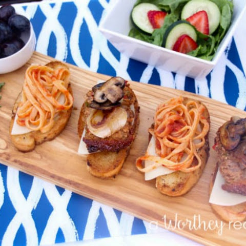 Spaghetti & Meatloaf Sliders