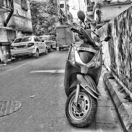 scooter by Neil Mukhopadhyay - Instagram & Mobile Android
