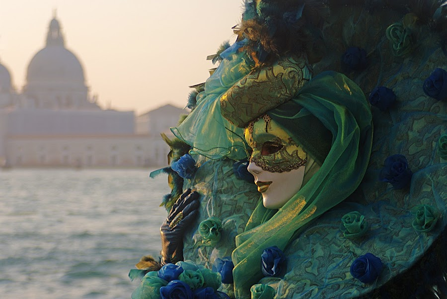Lady  by Gianni Pezzotta - People Musicians & Entertainers ( venice carnival italia carnevale venezia, mask,  )