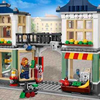 Бакалейно-игрушечный магазин