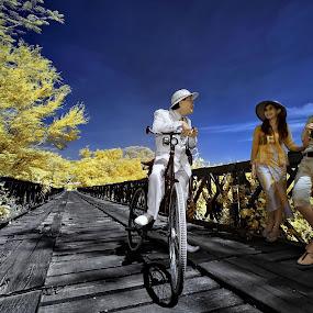 Beauty of Anto jadul by Nikon  Koesukax - People Couples