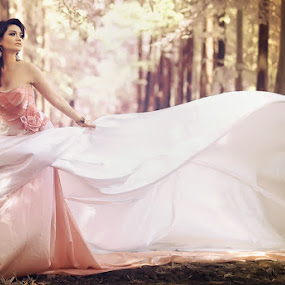 Runaway Bride by Angga Photology - People Fashion ( glamour, fashion, colors, infrared, falsecolor, beauty, conceptual, women )