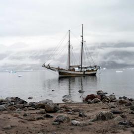 by Kristinn Gudlaugsson - Transportation Boats