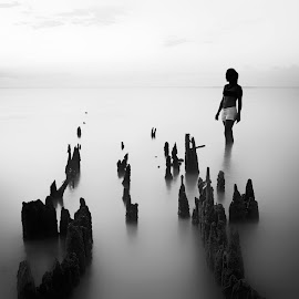 by Caroline Bucher - Black & White Portraits & People ( water, landscape, bnw, longexposure, women )