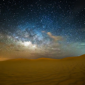 Cloudy Milkyway by Wissam Chehade - Landscapes Starscapes ( desert, stars, uae, astrophotography, abu dhabi, long exposure, night, astronomy, milky way )