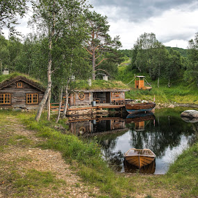 Old cabin by Janne Monsen - Buildings & Architecture Homes ( cabin, old, nature, house, nikon, norway, wonderful )