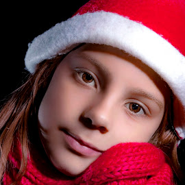 Girl in red by Mario Toth - Babies & Children Child Portraits ( child, girl, red, happy, christmas )
