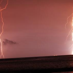 Thunder by Lucky  Ariya wijaya - Landscapes Weather