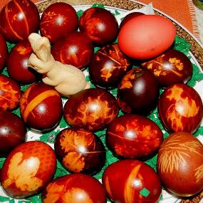 by Bojan Rekic - Public Holidays Easter