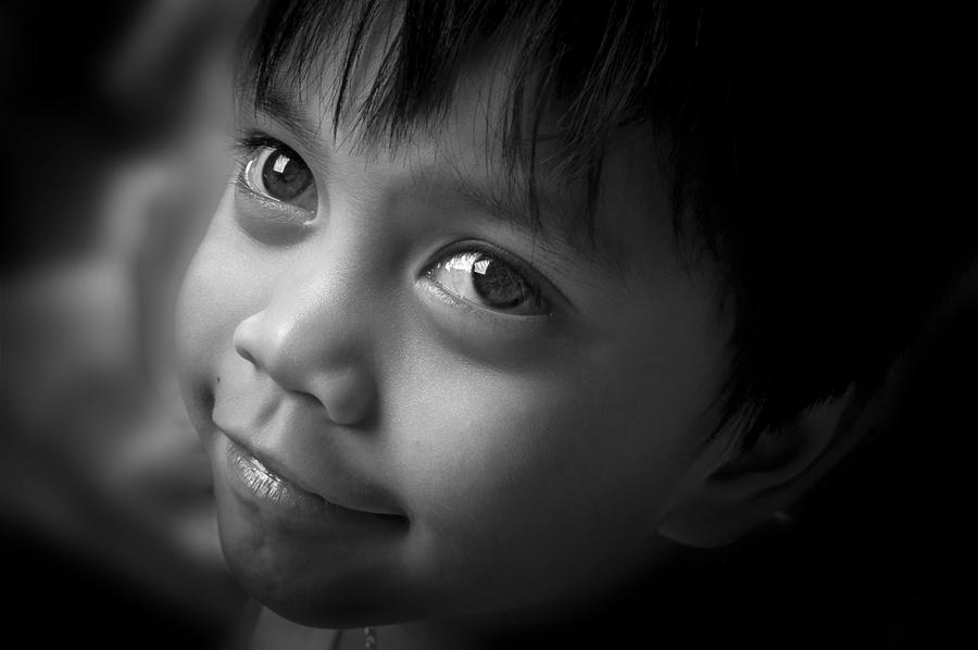 Happiness by Elmer Tendero - Babies & Children Children Candids ( ksa, jeddah, filipino, photography, kiddo, eyes, kid, saudi arabia )