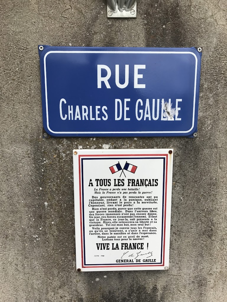 À tous les français La France a perdu une bataille mais n'a pas perdu la guerre. Des gouvernants de rencontre ont pu capituler, cédant à la panique, oubliant l'honneur livrant le pays à la ...