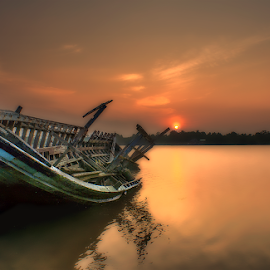 by Dadi Cai - Transportation Boats