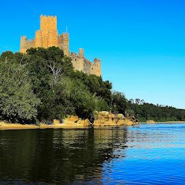 PORTUGAL by Guilherme  Junior - Buildings & Architecture Public & Historical ( castle, historical, landscape, river )
