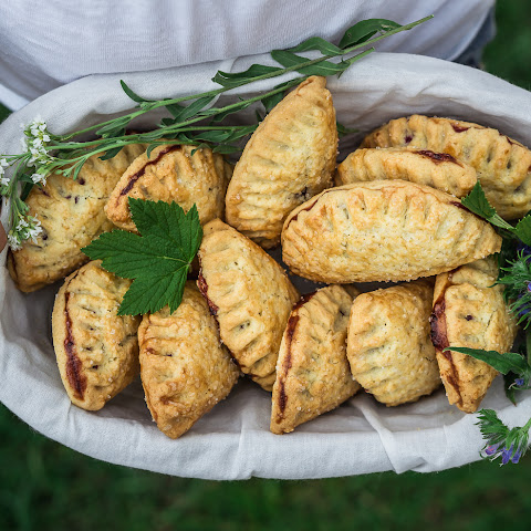 Black Currant Hand Pies