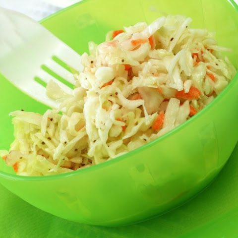 Creamy Coleslaw (Low Fat)