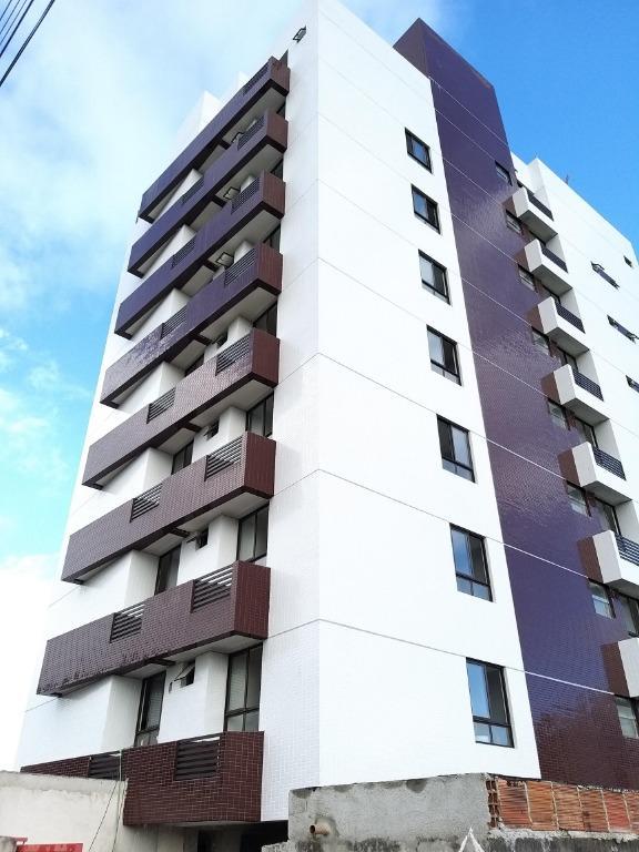 Apartamento com 2 dormitórios à venda, 56 m² por R$ 219.000 - Bessa - João Pessoa/PB