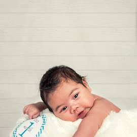 Kaz is 1 month! by Jenny Hammer - Babies & Children Babies ( 1 month old, precious, baby, cute, boy )