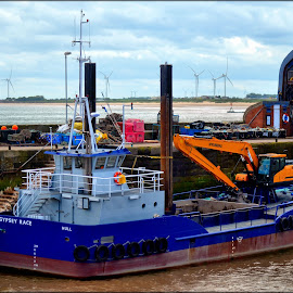 boat by Nic Scott - Transportation Boats ( boats, bridlington, docks )