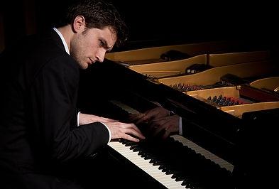 Concierto de Piano. Julián Sanz.