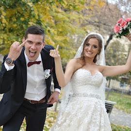by Mladen Bozic - Wedding Bride & Groom