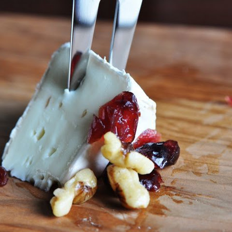 Cranberry Walnut Brie Gluten-Free Low-Carb Appetizer
