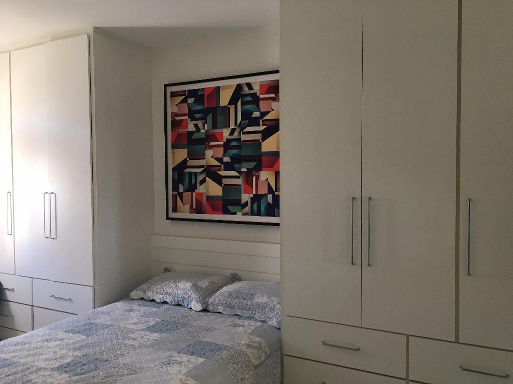 Apartamento, 2 quartos, 1 suíte, residencial à venda.