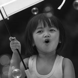 by Hakim Makassar - Babies & Children Child Portraits