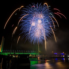 Blue Star by Madhujith Venkatakrishna - Abstract Fire & Fireworks