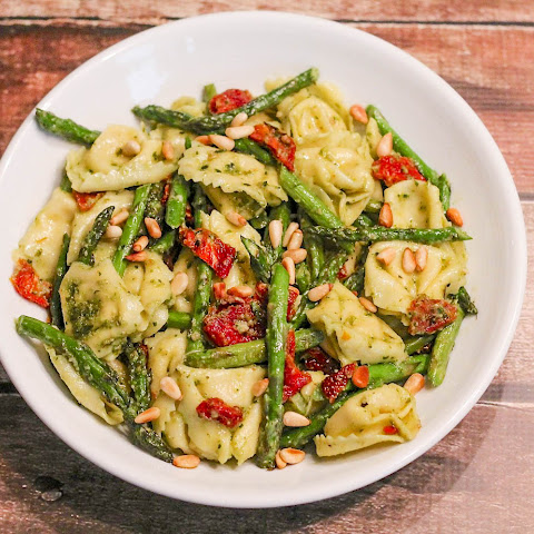 Cheese Tortellini w/ Pesto and Sun-Dried Tomatoes