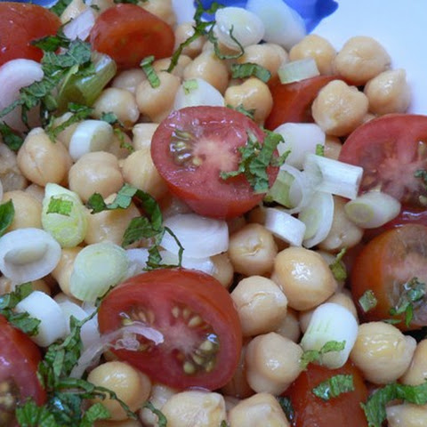 Low Fat Chick Pea and Tomato Salad