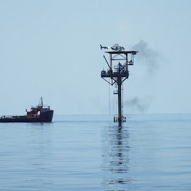 Offshore Maintenance by Don Bates - Buildings & Architecture Other Exteriors ( gulf og mexico, tugboat, oil platform, summer, offshore )