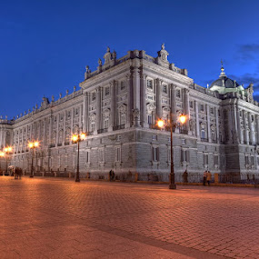 Blue hour over Royal Palace in Madrid by Wojciech Toman - Buildings & Architecture Public & Historical