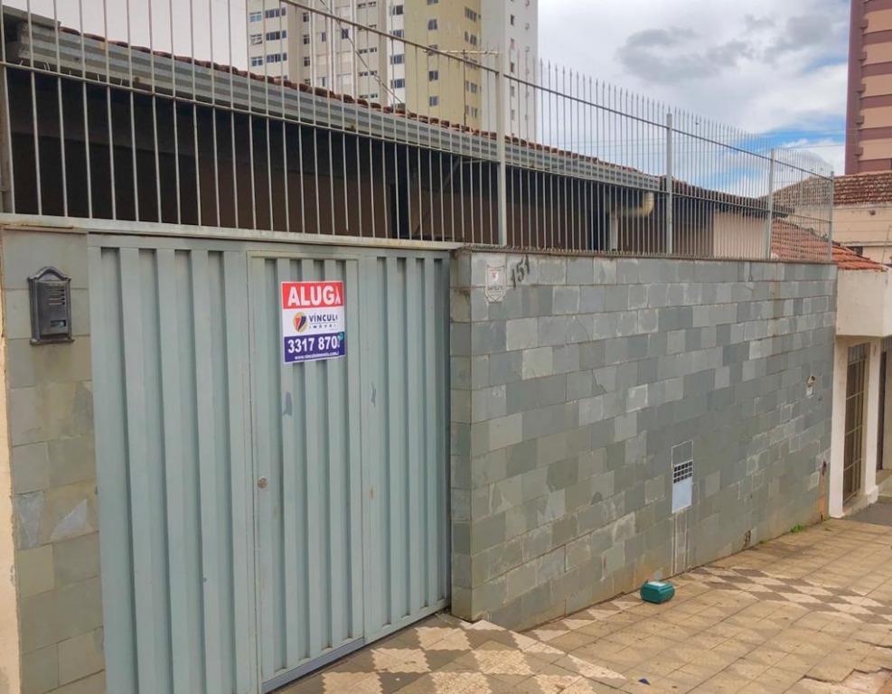 Casa com 3 dormitórios para alugar, 153 m² por R$ 1.800,00/mês - Abadia - Uberaba/MG