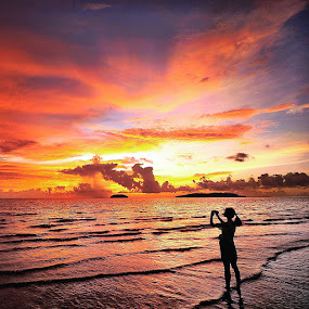 Catch the burning sunset by Edo Kurniawan - Instagram & Mobile iPhone