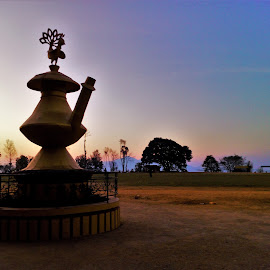 The Kalash statue sunrise by Bishal Ranamagar - Buildings & Architecture Statues & Monuments ( karuwa, palpa, tansen, sunrise )