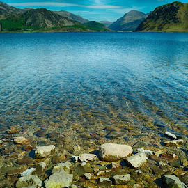Ennerdale Water by Stephen Hall - Landscapes Waterscapes