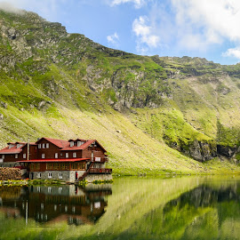 Balea Cabin by Teo Mansikkamäki - Landscapes Mountains & Hills ( cabin, reflection, moutains, summer, lake )