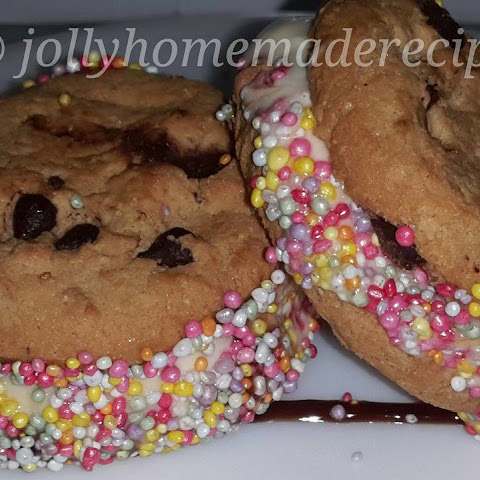 Homemade Ice-Cream Cookie Sandwiches