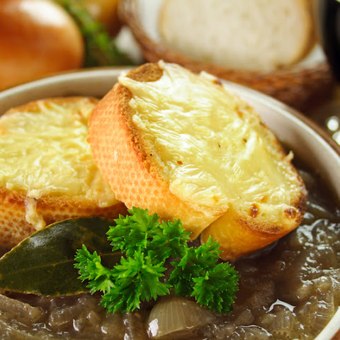 This French Onion Soup Is A Challenge To Your Tastebuds; Seriously We've Never Had Anything Like It!