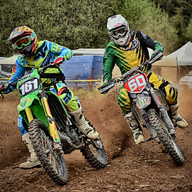 Duel In The Curve by Marco Bertamé - Sports & Fitness Motorsports ( speed, green, number, yellow, race, noise, 161, red, motocross, blue, accelerationg, dust, clumps, brown, 60, duel )