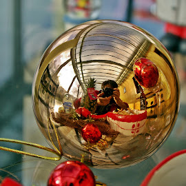 Happy Selfie by Ciprian Apetrei - Public Holidays Christmas ( selfie, reflection, christmas, brittany, decorations )