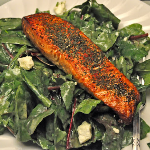 Grilled Salmon on Fresh Spinach