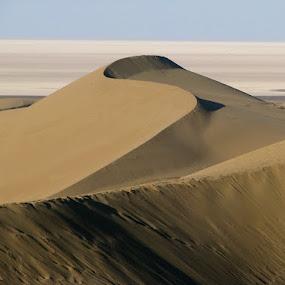 Desert & salt lake by Hamed Ghalandar - Landscapes Deserts ( iran, aran o bidgol, kashan, maranjab )