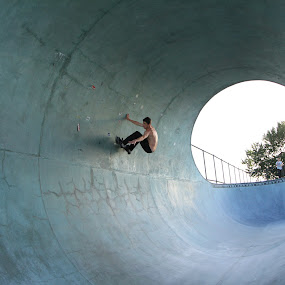 by Yuriko David - Sports & Fitness Skateboarding