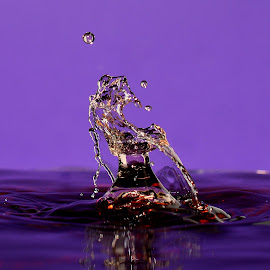 Ailiens by Fred Øie - Abstract Water Drops & Splashes ( abstract )