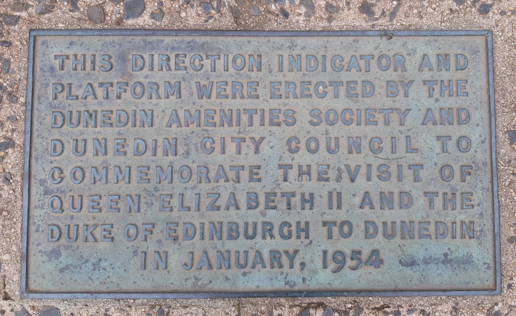 This site contains this plaque and the direction indicator on a plinth, the Kathleen Jane Gilkison seat and plaque, and the George Simpson seat and plaque.Transcription:This direction indicator and ...