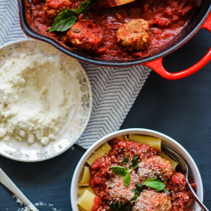 Baked Turkey Parmesan Meatballs with Rigatoni and Chunky Tomato Basil ...