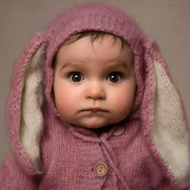 Bella  by Tracey Dobbs - Babies & Children Toddlers ( pink, baby, portrait, family, cute, eyes )