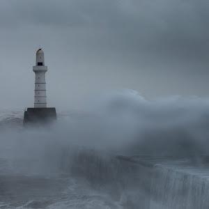 Aberdeen Lighthouse Storm (3 of 17).jpg